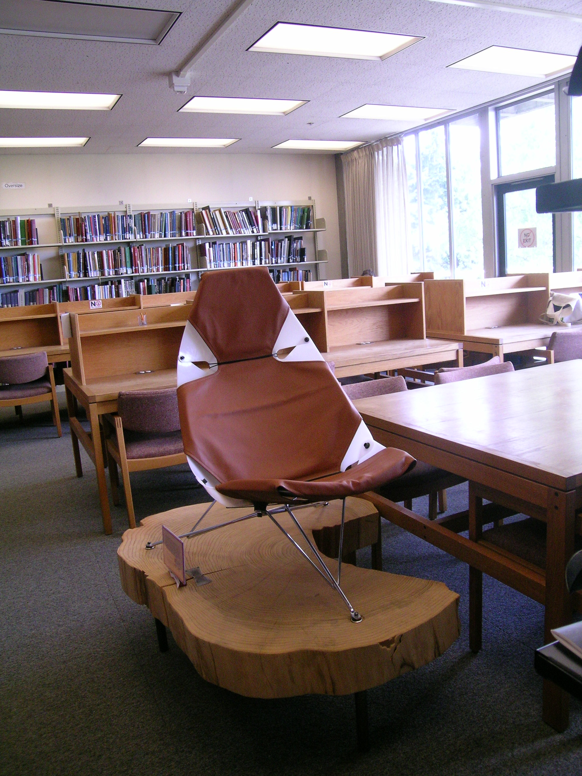 Bikini chair in the BE library designed by Wendell Lovett — UW
