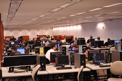 Foster Business Library computers