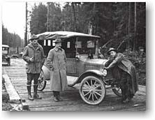 Spruce Division soldiers and Model T Ford